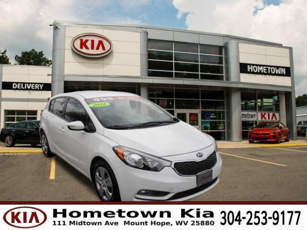 2016 Kia Forte in Mount Hope, WV