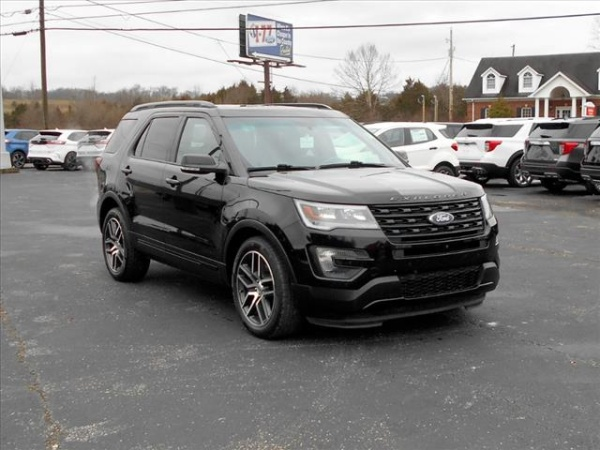 2016 Ford Explorer in Ripley, WV