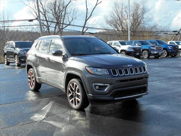 2017 Jeep Compass in Ripley, WV