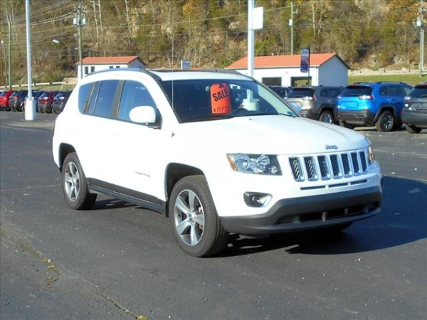 2016 Jeep Compass in Ripley, WV