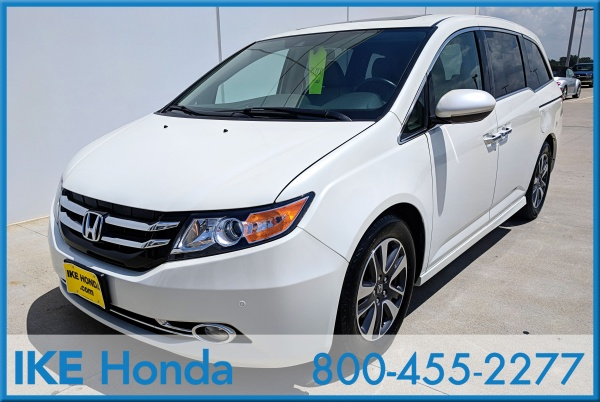 2016 Honda Odyssey Touring With DVD Rear E..