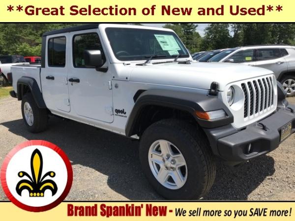 2020 Jeep Gladiator in Mendon, MA