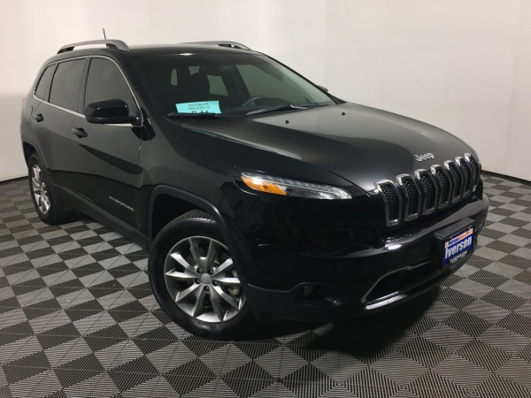 2017 Jeep Cherokee in Mitchell, SD