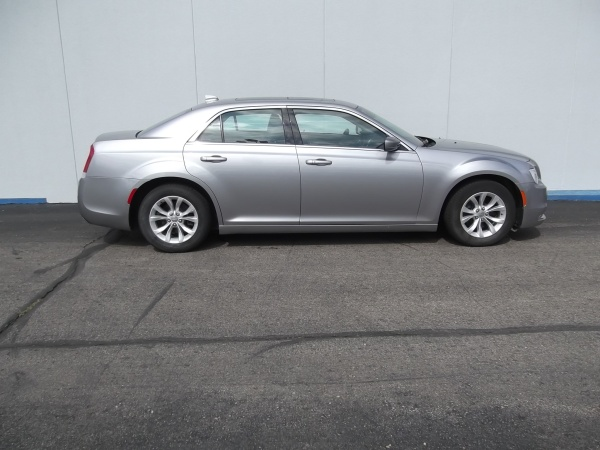 2015 Chrysler 300 in Topeka, KS