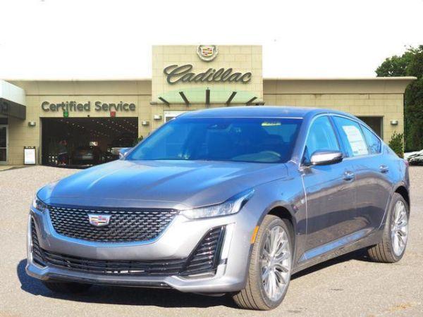 2020 Cadillac CT5 in Smithtown, NY