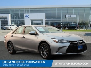 Used 2017 Toyota Camry SE I4 Automatic For Sale In Medford, OR