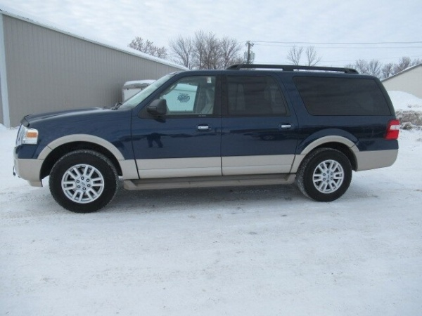 2010 Ford Expedition in Rugby, ND