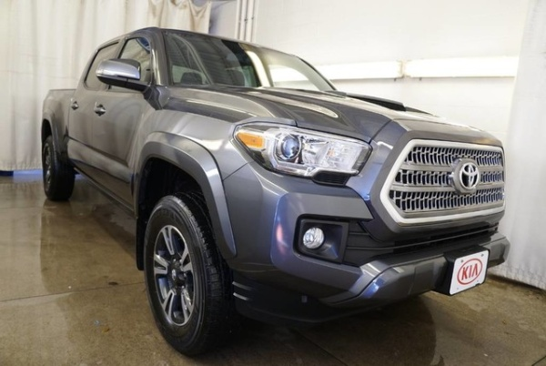 2016 Toyota Tacoma in Mentor, OH
