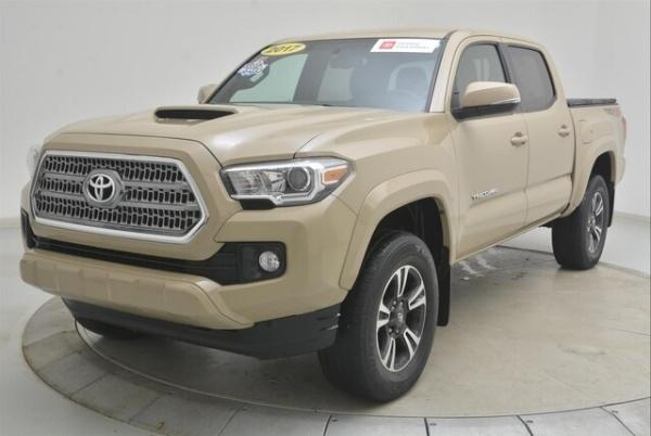 2017 Toyota Tacoma in Kalamazoo, MI