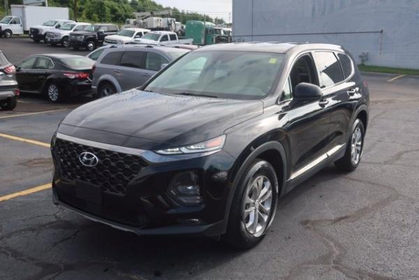 2019 Hyundai Santa Fe in Hurricane, WV