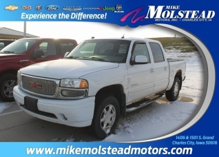 2005 Gmc Sierra Denali Crew Cab 143 5 Wb For In Charles City