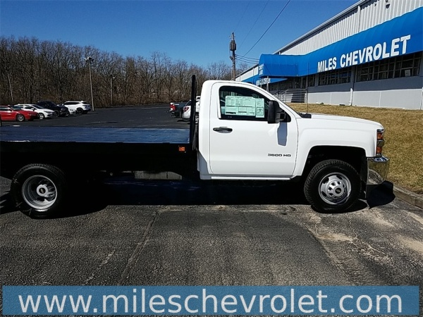 Miles Chevrolet Decatur Il >> 2019 Chevrolet Silverado 3500hd Chassis Wt Regular Cab 162