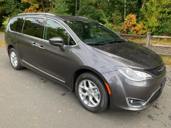 2020 Chrysler Pacifica in Simsbury, CT