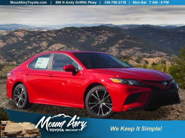 2020 Toyota Camry in Mount Airy, NC