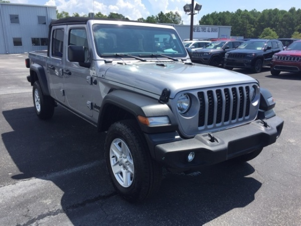 2020 Jeep Gladiator in Shallotte, NC
