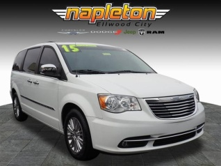d3f0825271 2015 Chrysler Town   Country Touring-L for Sale in Ellwood City