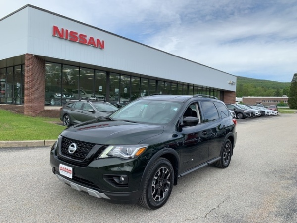 2019 Nissan Pathfinder in Bennington, VT