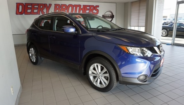 2017 Nissan Rogue Sport in Dubuque, IA