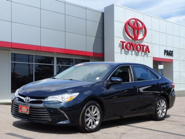 2016 Toyota Camry in Southfield, MI