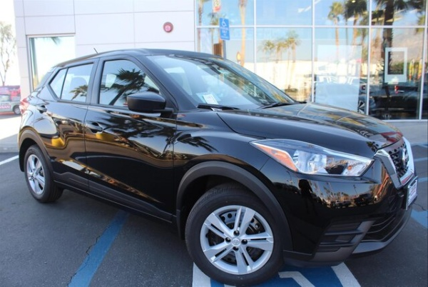 2020 Nissan Kicks in Cathedral City, CA