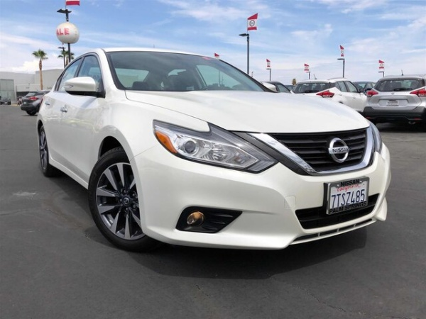 2016 Nissan Altima in Cathedral City, CA