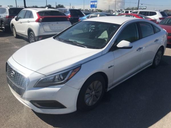 2017 Hyundai Sonata in Brownsville, TX
