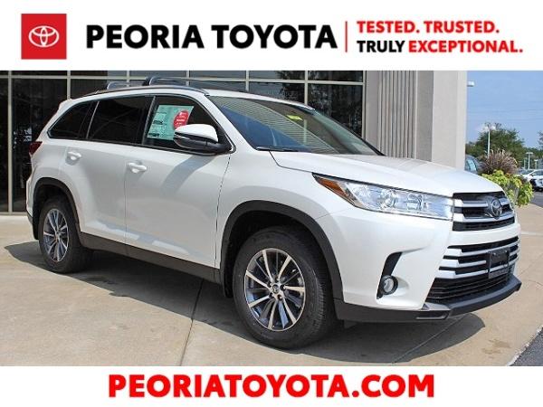 2019 Toyota Highlander in Peoria, IL
