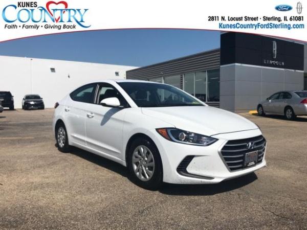 2017 Hyundai Elantra in Sterling, IL
