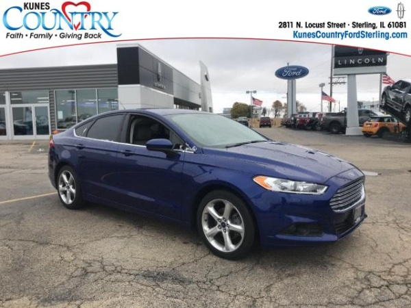 2016 Ford Fusion in Sterling, IL