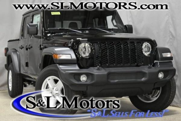 2020 Jeep Gladiator in Pulaski, WI