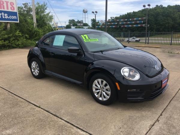 2017 Volkswagen Beetle in Saint Robert, MO