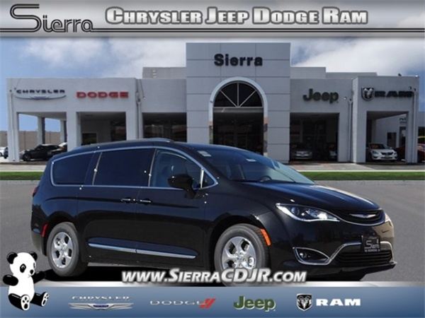 2019 Chrysler Pacifica Hybrid Touring L