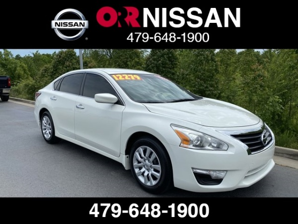 2015 Nissan Altima in Fort Smith, AR