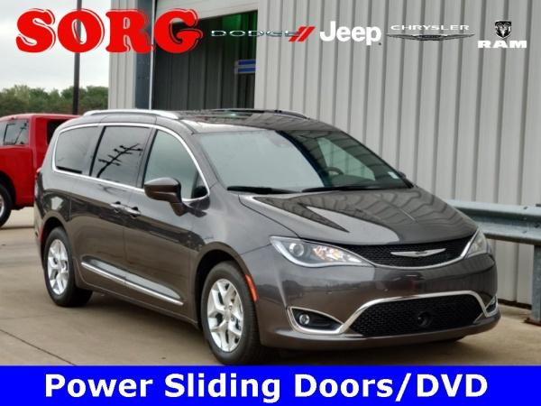 2020 Chrysler Pacifica in Goshen, IN