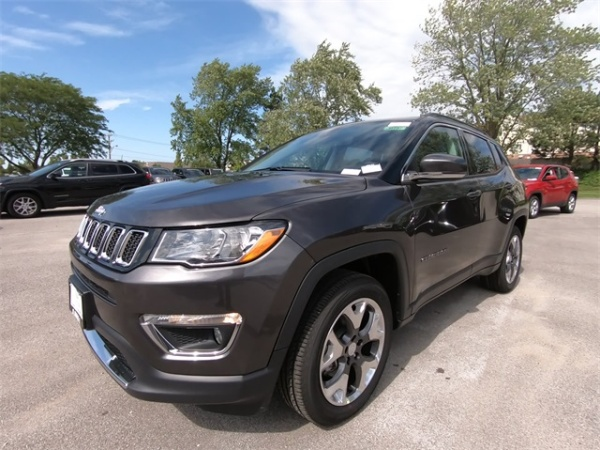 2020 Jeep Compass in St. Charles, IL