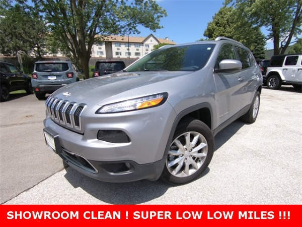 2017 Jeep Cherokee In St. Charles, IL