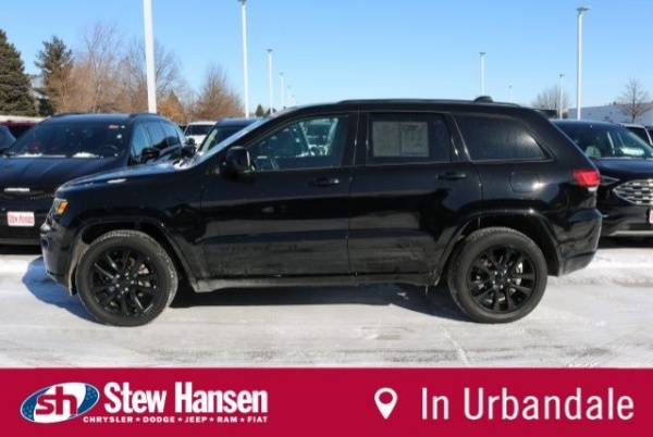 2018 Jeep Grand Cherokee in Des Moines, IA