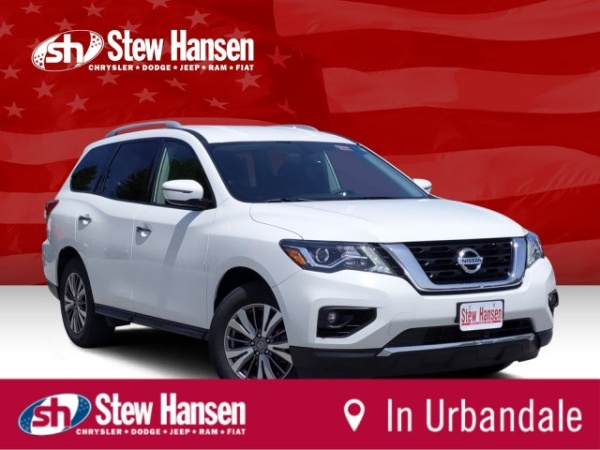 2019 Nissan Pathfinder in Des Moines, IA