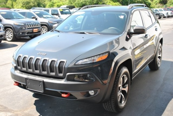 2017 Jeep Cherokee in Gloucester, MA