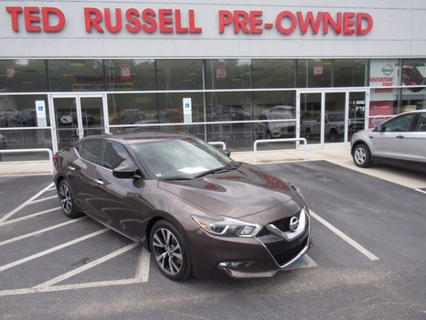 2016 Nissan Maxima in Knoxville, TN