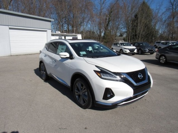 2020 Nissan Murano in Knoxville, TN