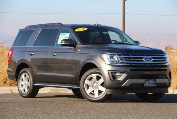 2019 Ford Expedition in Hollister, CA