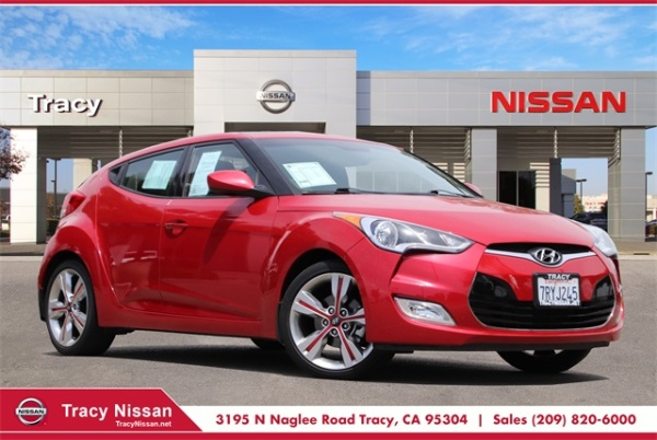 2016 Hyundai Veloster in Tracy, CA