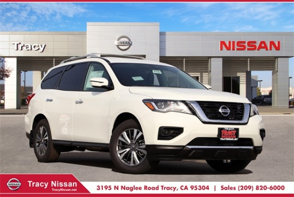 2020 Nissan Pathfinder in Tracy, CA