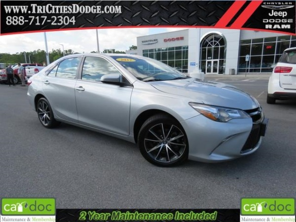 2017 Toyota Camry in Kingsport, TN
