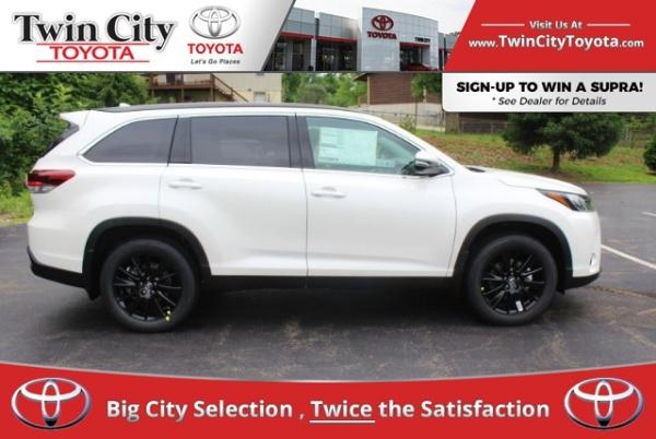 2019 Toyota Highlander in Herculaneum, MO