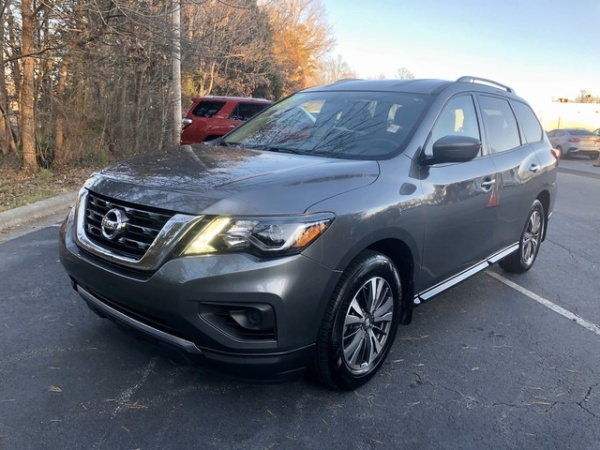 2017 Nissan Pathfinder in High Point, NC