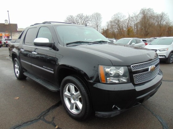 2010 Chevrolet Avalanche in Wallingford, CT