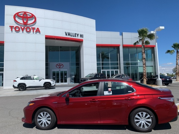 2020 Toyota Camry in Victorville, CA