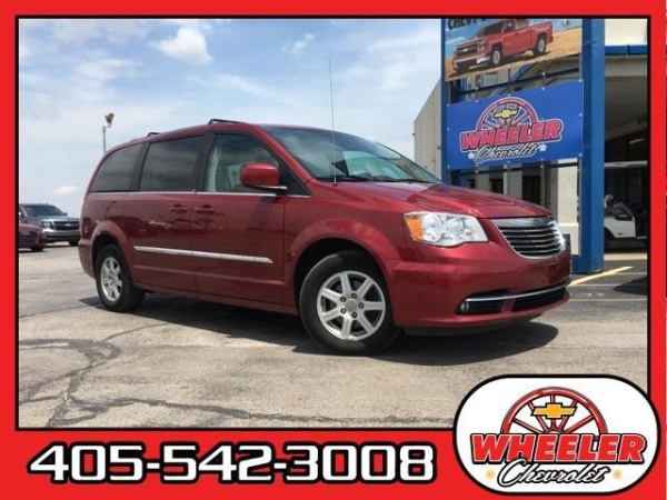 2012 Chrysler Town & Country in Hinton, OK